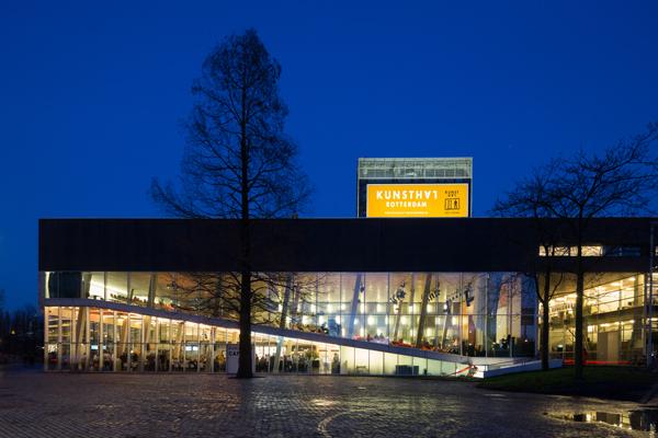 Persbeeld_Kunsthal-Rotterdam-by-night,-foto-Ossip-van-Duivenbode